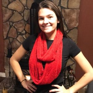 Accessories - Red crochet infinite scarf